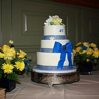Blue Bling and Yellow roses wedding