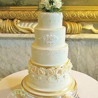 Traditional Ivory Wedding Cake