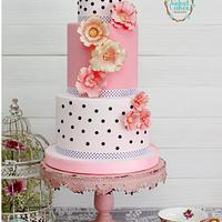 Chic Parisien Wedding Cake