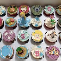 5th Birthday Frozen Cupcakes