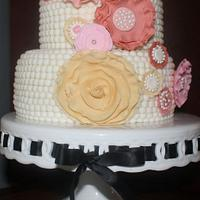 Pearls and Ruffles cake