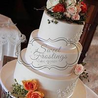 Rustic, yet elegant wedding cake