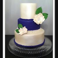 purple & pearl fondant cake