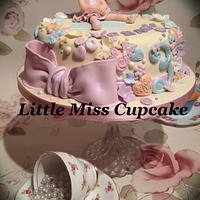 Pretty 3rd birthday cake  by Jenna