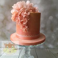 Peach wafer flowers cake