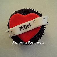 Mom (cupcake topper)