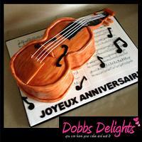 Gâteau d'anniversaire heureux