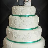 Lace aplique wedding cake