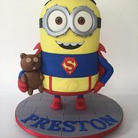 Superman minion cake