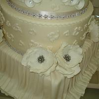 Wedding cake by Yanet Silva