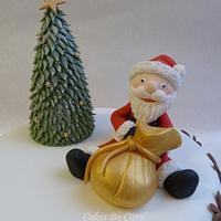 Santa and his reindeer Christmas cake