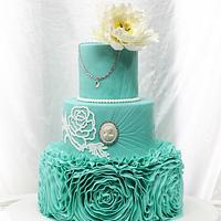 Vera Wang inspired wedding cake <3