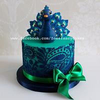 Mini peacock cake