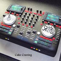 CD DJ Decks cake