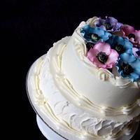 Poppy shower cake