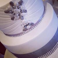 Bejeweled wedding dessert table !