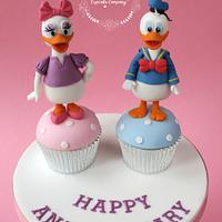 Donald & Daisy Duck Cupcakes