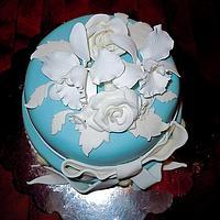 Floral cameo cake