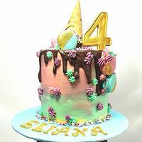 Drip cake.
