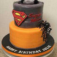 Halloween supermom cake