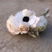 Wafer paper flower wreath
