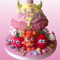 Moshi Monsters giant cupcake