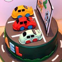 Drive-in movie fondant cake and Darwin & Gumball. -Tarta fondant de autocine y Gumball & Darwin.