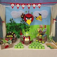 Angry Birds sweet table