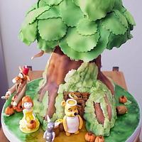 Winnie the Pooh Halloween birthday cake