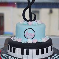 piano cake by HeavenlySweets
