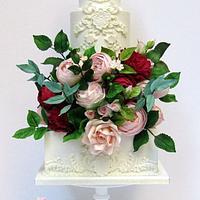 White Elegance Cake