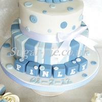 Elephant & Buttons cake