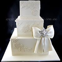 Vintage Lace and Diamonte Bow Wedding Cake