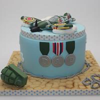 War themed cake