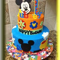 Mickey Mouse Cake & Cookies