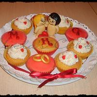cup cakes love is... by Daniela Morganti (Lela's Cake)