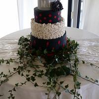 Rock and sevillana wedding cake