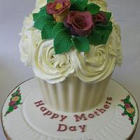 Olde English Rose Royal Albert Inspired Giant Cupcake by Spongecakes Suzebakes
