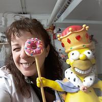 King Homer Simpson cake