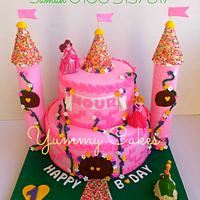 """Princesses Castle Cake"