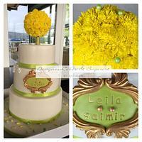 Wedding-Cake with a Dandelion pomander