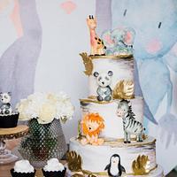 Wild animals cake