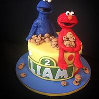 Elmo and cookie