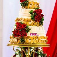 romantic red roses roman theme wedding cake