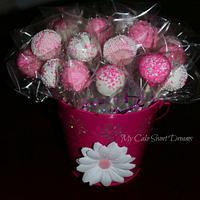 Cake Pops in pink bucket