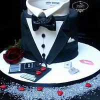 Elegant costume cake