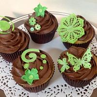 Wedding Anniversary Cupcakes