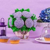 Violet cupcake bouquet