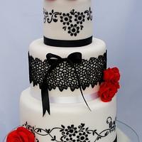 White and black wedding cake