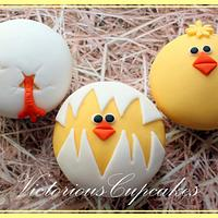 Easter Hatching Chick Cupcakes
